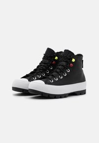 Converse - CHUCK TAYLOR ALL STAR MC LUGGED - Zapatillas altas - black/white - 5