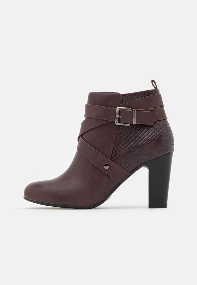 AMETHYST - Ankle boot - mulberry