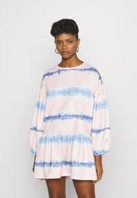 NEW girl ORDER - TIE DYE STRIPE DRESS - Sukienka letnia - pink - 0