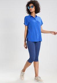 ONLY - ONLRAIN - Denim shorts - medium blue - 2