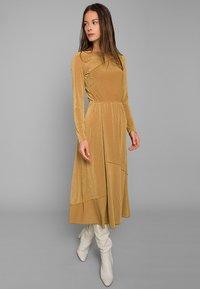 Mykke Hofmann - Jersey dress - yellow - 0