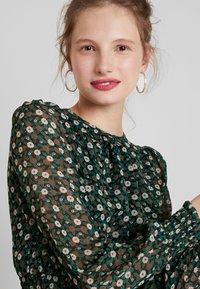 Louche - DANIE DECO - Maxi dress - green - 5