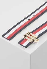 Tommy Hilfiger - LOGO BELT REVERSIBLE - Belt - blue - 2