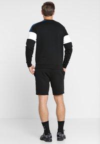 Lacoste Sport - MEN TENNIS SHORT - Sports shorts - black - 2