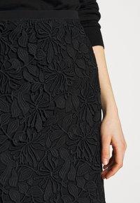 N°21 - Pouzdrová sukně - black - 5