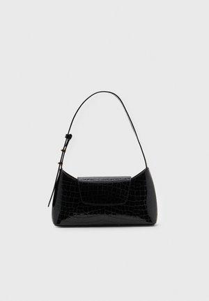 ENVELOPE CROCO - Handbag - onyx black