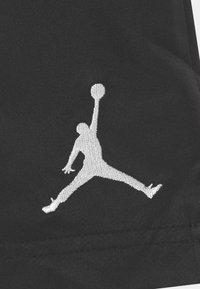 Jordan - JUMPMAN POOLSIDE  - Sports shorts - black - 2