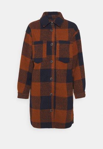 Classic coat - sudan brown