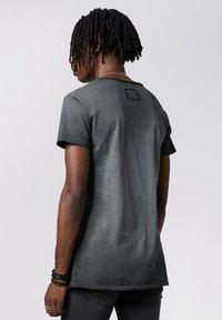 Tigha - WREN - Print T-shirt - vintage black - 2