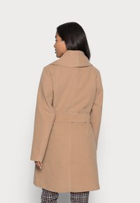 VILA PETITE - VIAPPLE NEW COAT - Classic coat - tigers eye - 2