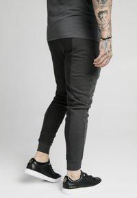 SIKSILK - Pantaloni sportivi - washed grey - 3