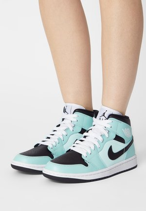 WOMENS AIR 1 MID - Sneakersy wysokie - light dew/black/teal tint/white