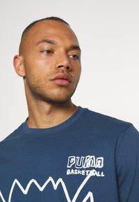 Puma - HOOPS PULL UP TEE - Pitkähihainen paita - dark denim - 3