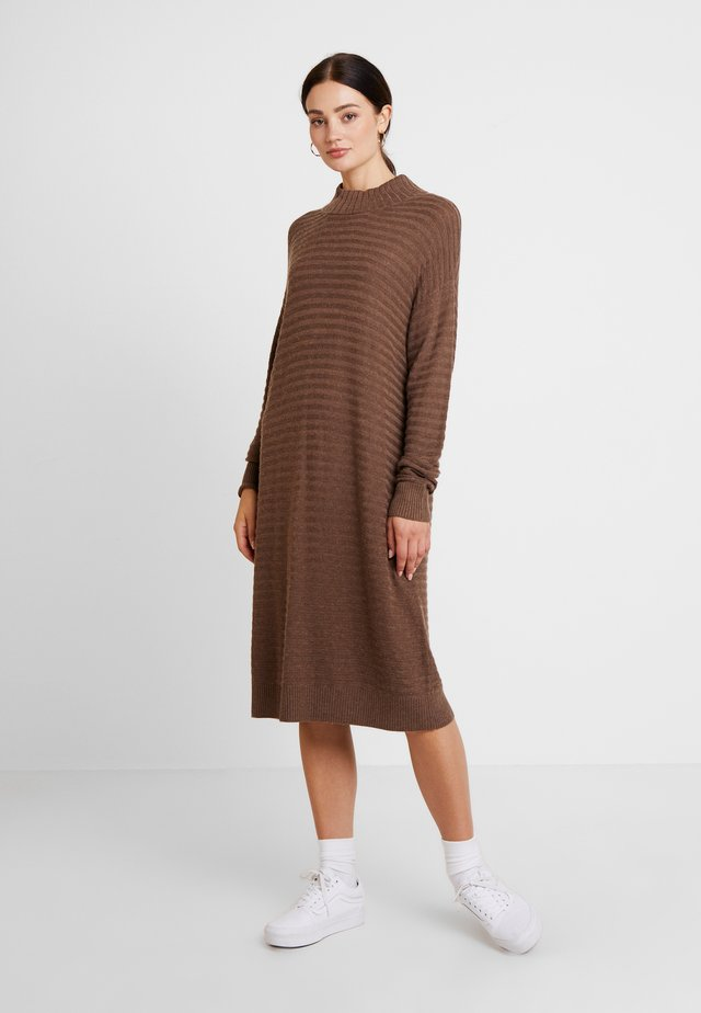SUNNY - Jumper dress - major brown melange