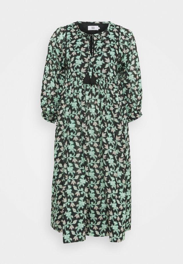 ORGANIC DROPNEEDLE - Robe d'été - black