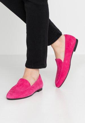ELIZA - Nazouvací boty - flamingo