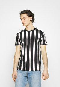 Burton Menswear London - 2 PACK - T-shirt print - white - 3