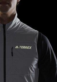adidas Performance - TERREX AGRAVIC XC - Waistcoat - grey - 4