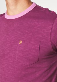 Farah - GROOVE TEE - Basic T-shirt - hippie purple - 5