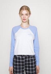 Hollister Co. - PRINT - Long sleeved top - lav luster blue - 0