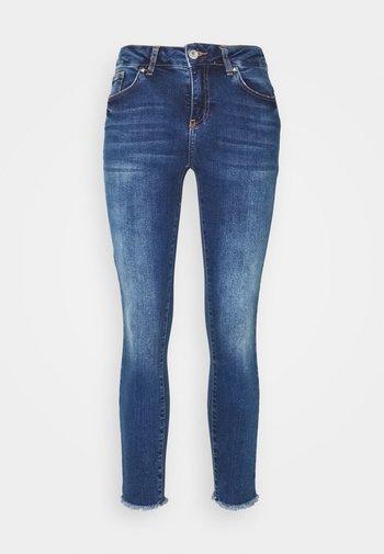 VMHANNA RAW - Jeans Skinny Fit - dark blue denim