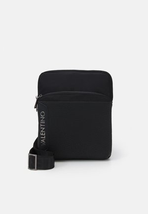 BEN CROSSBODY - Across body bag - nero