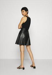 Anna Field - Fake Leather mini A-line skirt - Mini skirt - black - 2