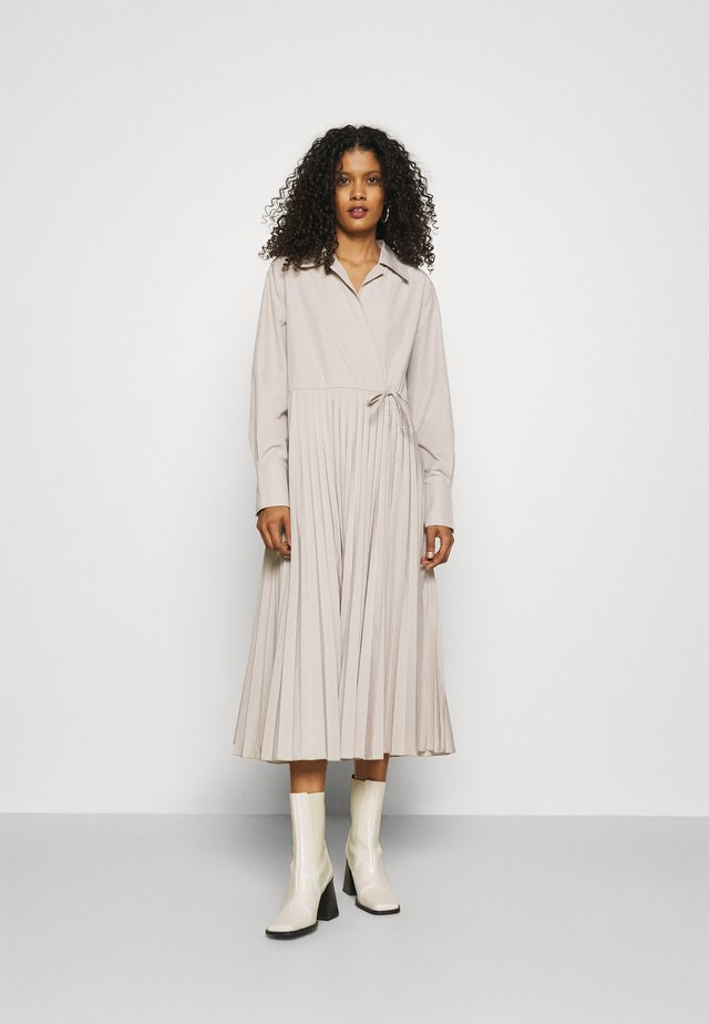 Day dress - light beige