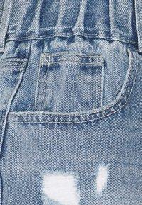 ONLY - ONLLU LIFE - Jeansshorts - medium blue denim - 2