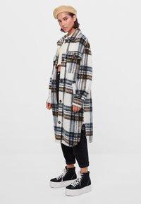 Bershka - Classic coat - stone - 1