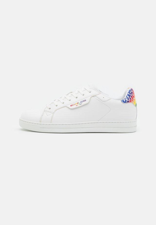 KEATING - Sneakers basse - optic white/rainbow