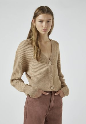 Strickjacke - camel
