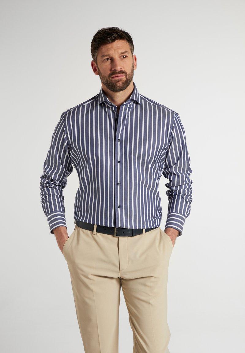 Eterna - MODERN - Formal shirt - marine/weiß