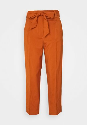 PANTS STRAIGHT PLEATED - Trousers - baked ginger orange