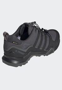 adidas Performance - TERREX SWIFT R2 GTX SHOES - Hikingschuh - grey/black - 3