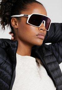 Oakley - SUTRO UNISEX - Sports glasses - white - 4