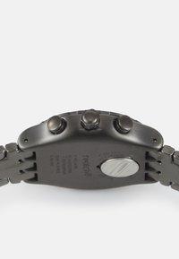 Swatch - CRAZY DRIVE - Zegarek chronograficzny - silver-coloured - 2