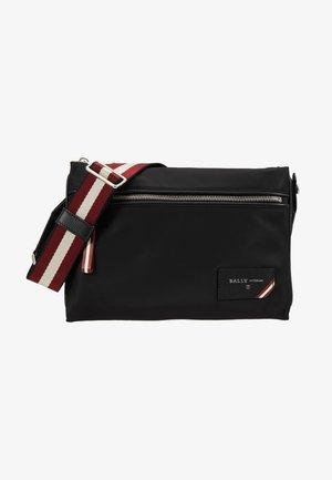 FHARVEY - Across body bag - black