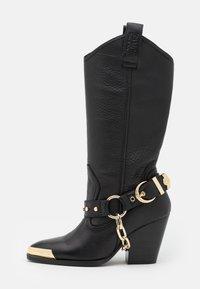Versace Jeans Couture - Botas camperas - nero - 1