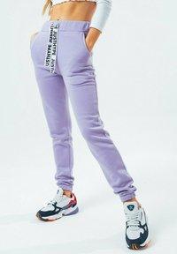 Hype - Tracksuit bottoms - violet - 3