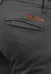INDICODE JEANS - CARGOHOSE BROMFIELD - Cargo trousers - dark grey - 4