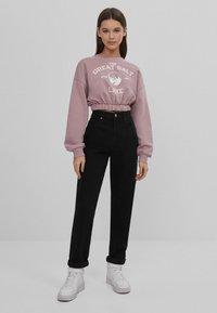 Bershka - MIT GUMMIZUG  - Sweatshirt - pink - 1