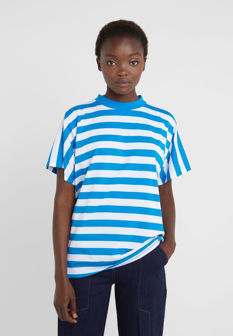 Won Hundred - BROOKLYN STRIPE - Print T-shirt - imperial blue / white
