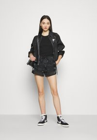 Nike Sportswear - AIR SHEEN - Shorts - black/white - 1