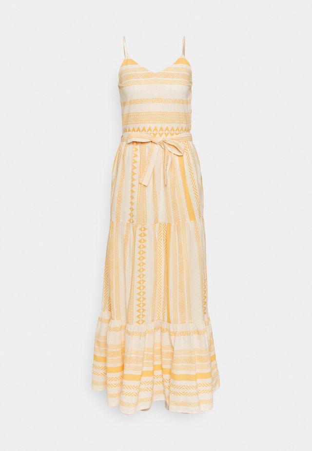 VMDICTHE SINGLET ANCLE DRESS - Maxi dress - birch/new dicthe/saffron