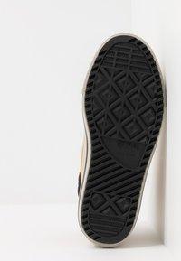 Converse - CHUCK TAYLOR ALL STAR BOOTS ON MARS - Sneaker high - wheat/pale wheat/birch bark - 5
