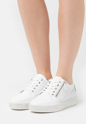 LEELU - Zapatillas - white
