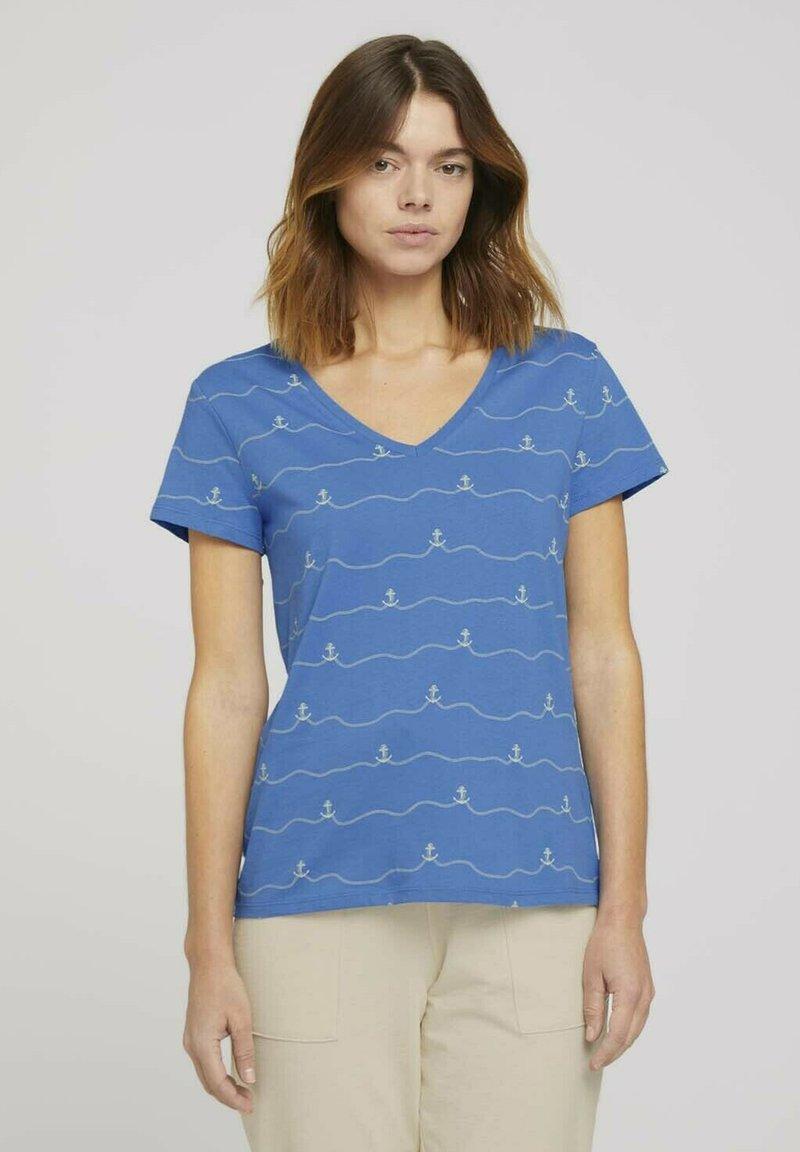 TOM TAILOR DENIM - V-NECK TEE - T-shirt imprimé - blue