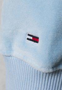 Tommy Jeans Curve - CREW - Sweatshirt - light powdery blue - 3