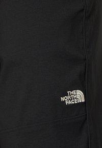 The North Face - CLASS PANT - Pantalon de survêtement - black - 4